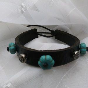 Cuff Black leather bracelet